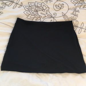 Tranquility black stretchy skort skirt shirt combo